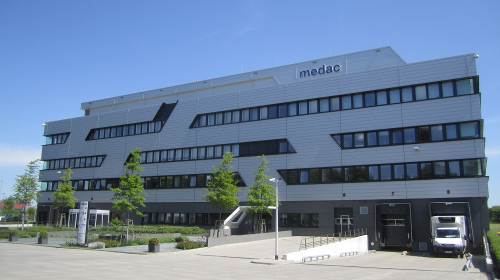 Laboratory and logistics center Tornesch